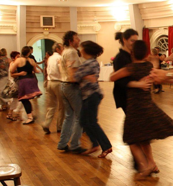 En-cas-Danse_petit bal